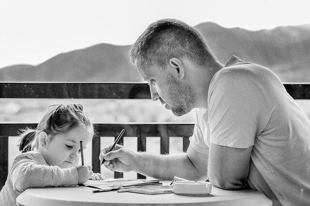 Comment éduquer les tout-petits de façon positive (applicable aux 18 – 24 mois)